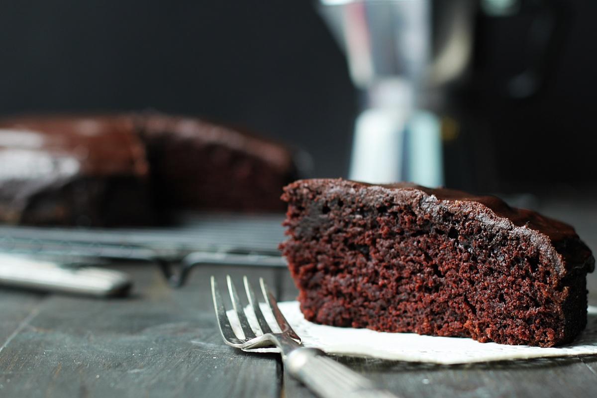 Kryzysowy murzynek - czekoladowe ciasto bez nabiału...
