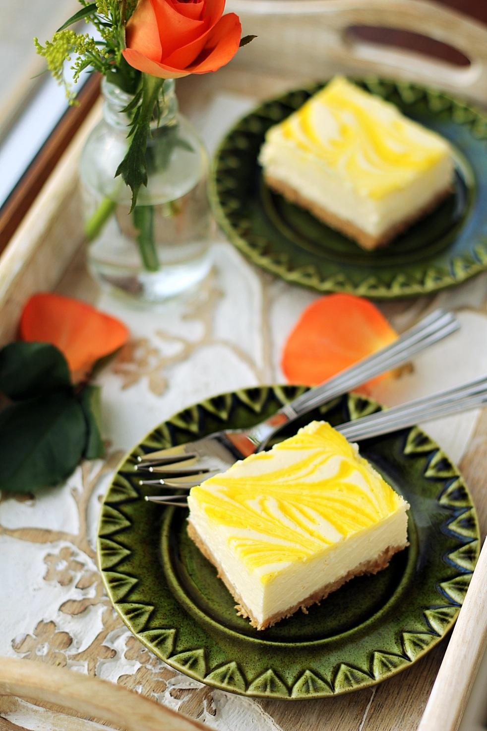 kostka sernikowa z lemon curd sernik cytrynowy
