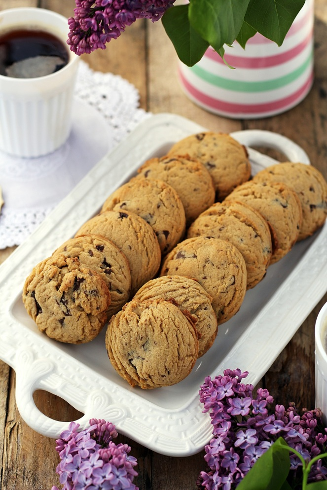 kruche ciasteczka z czekoladą