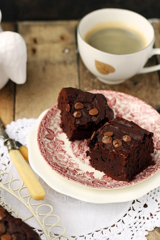 bezglutenowe brownies z fasoli